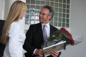 Ganz mit leeren Händen musste Prof. Friend nicht gehen: Er erhielt den Publikums-Preis der Akademie.