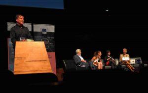 "Podiumsdiskussion "" Make scientific facts great again"", Panel Rolf Heuer, Sofie Vanthournout, Dame Anne Glover, Angelika Mlinar (v.l.n.r.), Moderation: Wolfgang Goede (Bild: Dörte Sasse)"